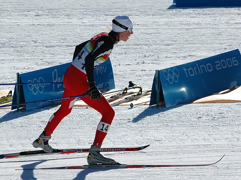 Kristin Størmer Steira på 15 km fellesstart under OL i Torino, der hun tok sin første av tre individuelle fjerdeplasser. (Foto: Bjarte Hetland)