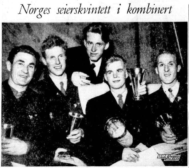 Faksimile Aftenposten 18.2.1954: Norges seierskvintett i kombinert. Fra venstre: Simon Slåttvik, Kjetil Mårdalen, Sverre Stenersen, Gunder Gundersen og Per Gjelten.