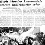 Faksimile Aftenposten 1.3.1971 – Berit Mørdre Lammedal har vunnet sin største individuelle seier og bæres på gullstol av de øvrige norske jentene.