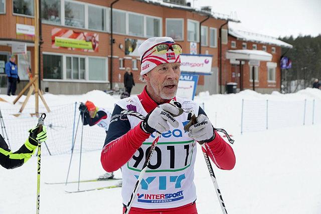 Finn Magnar Hagen etter å ha gått i mål til sitt første gull under veteran-VM i 2016.