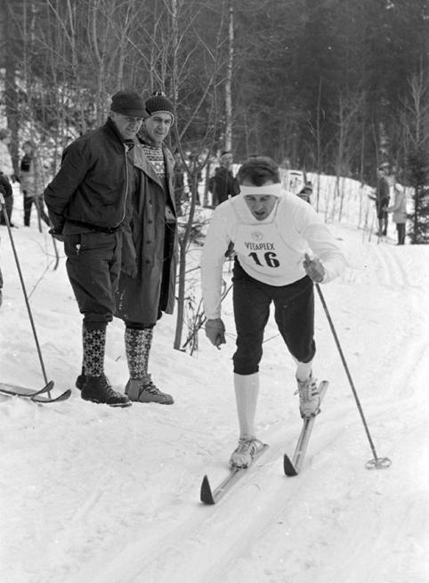Bilde av Alf Storelvmo i skiløypa.