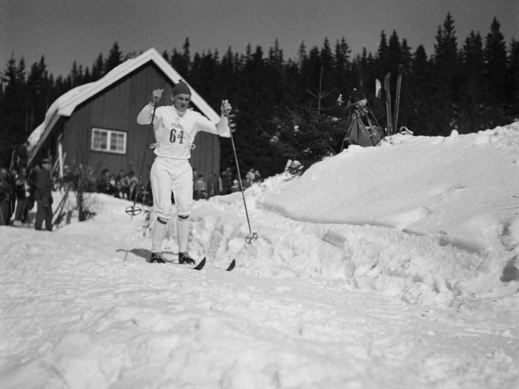 Bilde av langrennsløperen Assar Rönnlund, Holmenkollen 1962